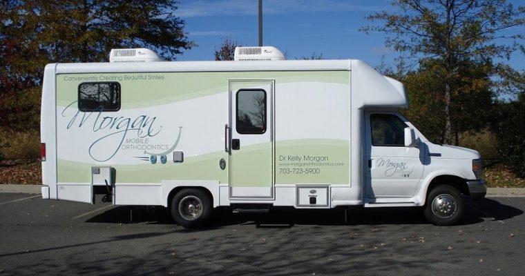 26ft mobile dental clinic passenger side view