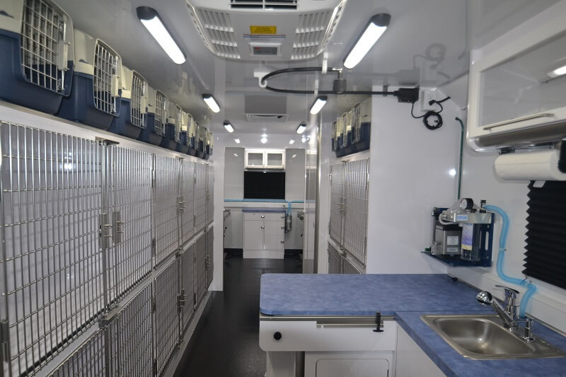 33ft spay/neuter clinic interior